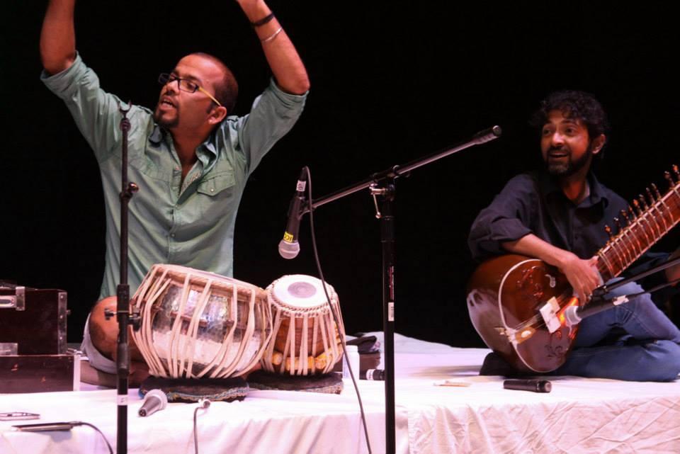 Shruti AIM East Meets West - with Shankachur LahiriN November 2013